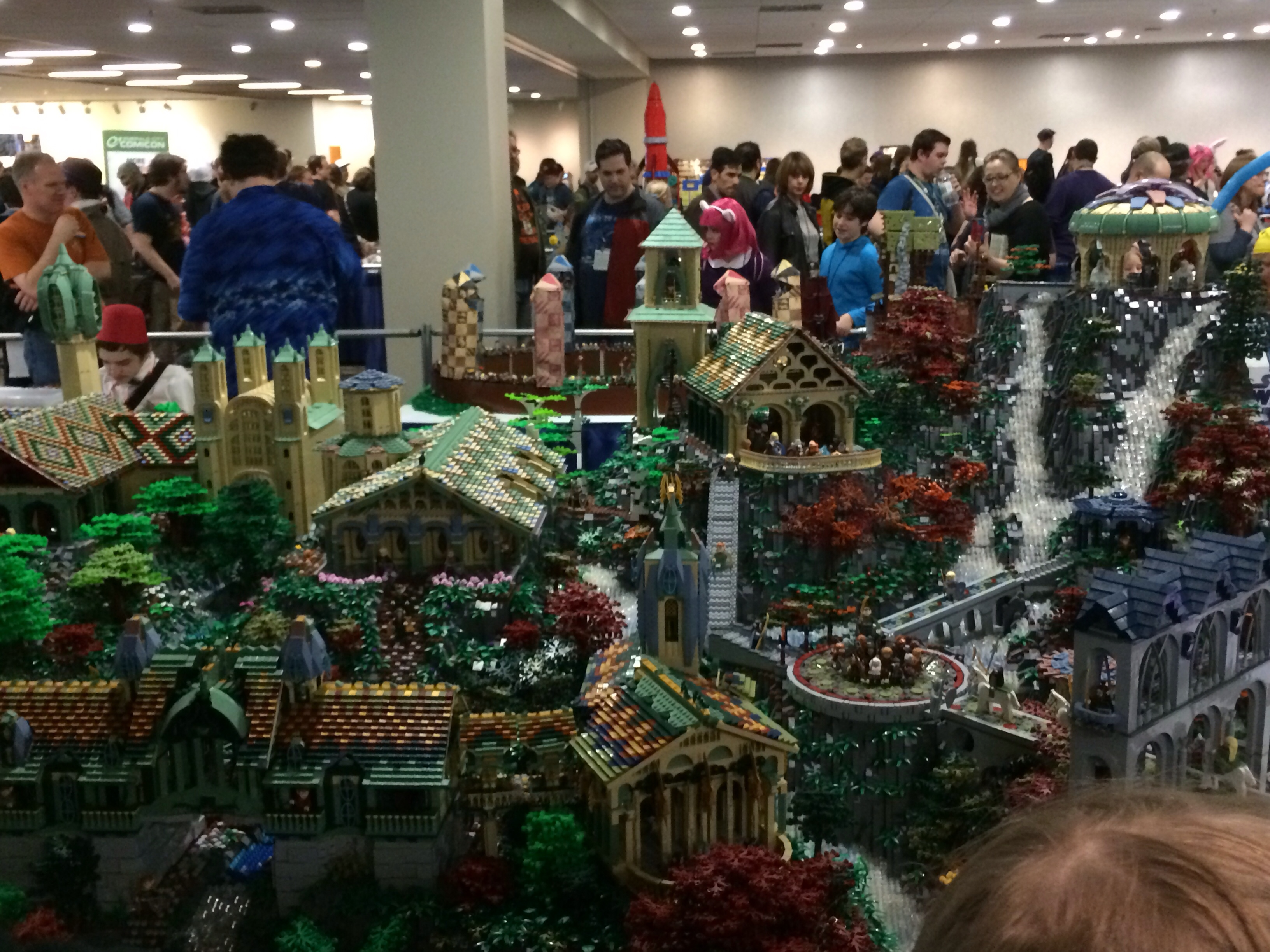Pictures From Emerald City Comic Con Legos And Mario